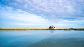 圣米歇尔山在黎明 免版税库存图片