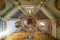 圣红场的蓬蒿大教堂内部  库存照片