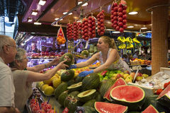 圣约瑟夫食物市场-巴塞罗那-西班牙。 免版税图库摄影