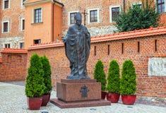 圣约翰保禄二世教皇的纪念碑 图库摄影