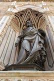 圣约翰古铜色雕象Orsanmichele教会的浸礼会教友,前 免版税库存图片