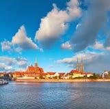 圣约翰大教堂的全景图象在弗罗茨瓦夫,波兰,欧洲 免版税库存照片