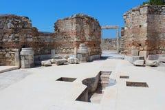 圣约翰斯大教堂古老建筑学废墟在Ayasuluk小山的在Selcuk,以弗所,土耳其 免版税库存图片