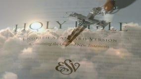 圣经和耶稣受难象 皇族释放例证