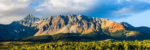圣胡安山的威尔逊范围在科罗拉多 库存照片