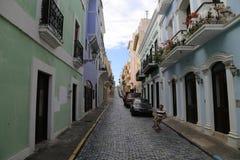圣胡安街在一个晴天 库存照片
