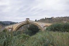 圣莱奥纳尔多桥梁在泰尔米尼伊梅雷塞 库存照片