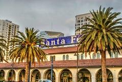 圣菲火车staition在圣地亚哥,加利福尼亚 免版税库存图片