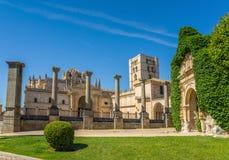 圣萨尔瓦多大教堂在萨莫拉,卡斯蒂利亚y利昂 西班牙 图库摄影