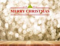 圣诞快乐和圣诞树与线装饰物在persp 库存图片