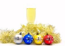 圣诞快乐和新年好与香槟欢呼 库存图片