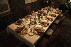圣诞晚餐桌设置, Ojai,加利福尼亚,美国 免版税库存图片