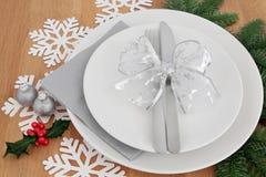 圣诞晚餐设置 库存图片