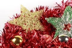 圣诞树不同的类型星和中看不中用的物品在一本红色诗歌选的 库存图片