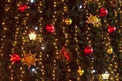 圣诞树和光背景 免版税库存图片