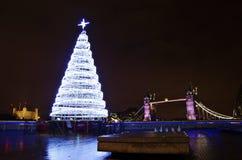 圣诞树和塔桥梁 库存照片