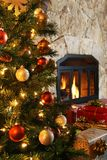 圣诞树和壁炉