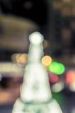 圣诞树和欢乐bokeh照明设备 免版税库存图片