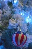 圣诞树和玩具 库存照片