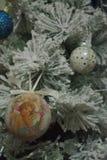 圣诞树和玩具 库存图片