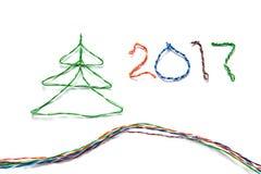 圣诞树和第2017由双铰线做了RJ45缆绳  免版税库存图片