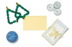 圣诞树和贺卡与蜡烛 免版税库存照片
