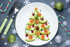 圣诞树开胃菜鲕梨三文鱼沙拉鞑靼的ceviche 库存照片