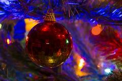 圣诞树球装饰品 图库摄影