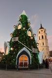 圣诞树的看法在维尔纽斯 免版税库存图片