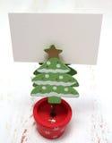 圣诞树装饰和礼品券 免版税库存图片