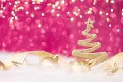 圣诞树-闪耀金黄的闪烁 库存照片