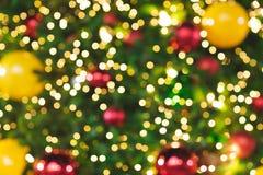 圣诞树Bokeh背景被弄脏的闪烁的光  库存照片