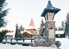 圣诞老人和克劳斯村庄拉普兰斯堪的那维亚 图库摄影