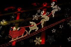 圣诞老人和他的驯鹿 免版税库存图片