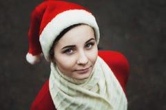 圣诞老人女孩 假日新年和圣诞节 免版税库存照片