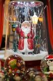 圣诞老人小雕象 免版税库存图片