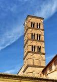 圣诞老人弗兰切斯卡Romana教会,罗马12世纪钟楼  免版税库存照片