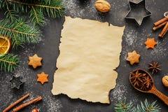 圣诞老人或圣诞节信件的Wishlist概念 寒假背景或墙纸 库存图片
