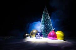 圣诞老人房子 父亲弗罗斯特、圣诞老人、Joulupukki和其他传奇英雄的家寒假 一舒适小 免版税库存图片