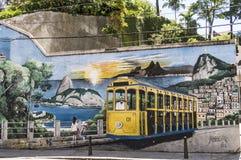 圣诞老人特里萨电车的绘画在缓慢dos吉马朗伊什的 免版税库存照片
