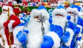 圣诞老人玩具在超级市场 库存图片