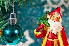 圣诞老人的例证一个雪橇的与驯鹿 免版税图库摄影