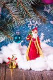 圣诞老人的例证一个雪橇的与驯鹿 图库摄影