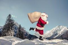 圣诞老人赛跑 免版税库存照片