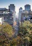从圣诞老人露西娅小山观看的城市,圣地亚哥,智利 免版税库存图片