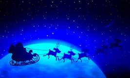 圣诞老人飞行在一个蓝色行星风景 库存例证