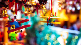 圣诞老人驾驶圣诞节的一架飞机 库存照片