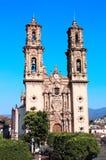 圣诞老人Prisca教区教堂, Taxco de阿拉尔孔市, Mex门面  库存图片