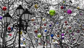 圣诞节下装饰雪 免版税库存照片