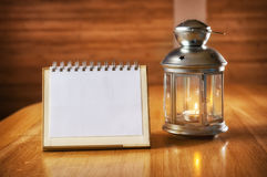 圣诞节与一个蜡烛的您的文本的蜡烛台和地方 免版税库存图片